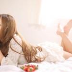 梦见和陌生女人亲热是什么意思